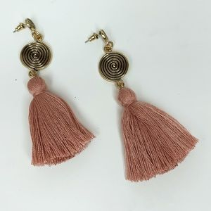 Jewelry - NWT Spiral Tassel Drop Statement Earrings - Pink